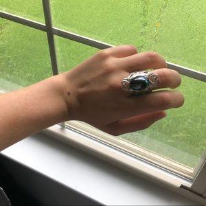 🦋 Unique Iridescent Ring